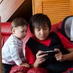 Chenti toujours intéressé par les consoles.