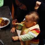 Chenti mange aussi !