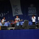 Un groupe de Blues au Jazz Festival