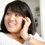 Alicia on the phone © Chenti !