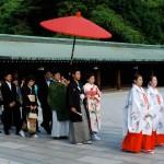 Il y a beaucoup de mariage au Temple Meiji